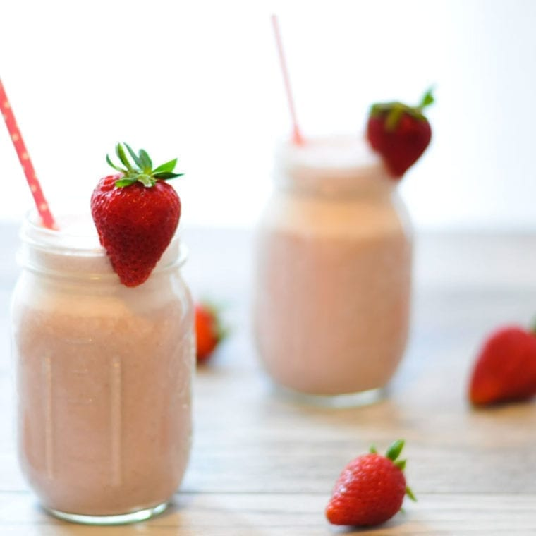 Image of Super-Fast Strawberry Cashew Milk