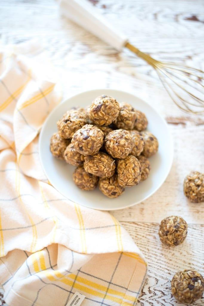 Image of One-Bowl Lunchbox Energy Bites (Nut-Free)